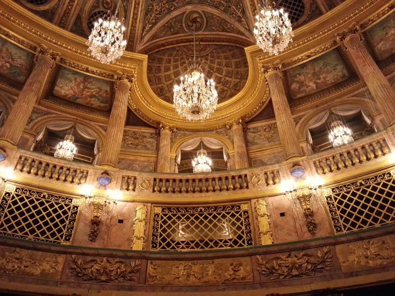 the opera house inside versailles. - Paris