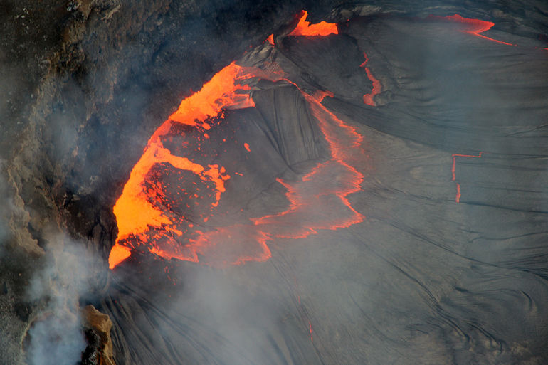 50-Minute Open-Door Volcanoes Helicopter Flight - Big Island of Hawaii