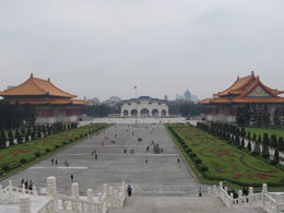 Chiang Kai-Shek Memorial Hall , Steven T - May 2011