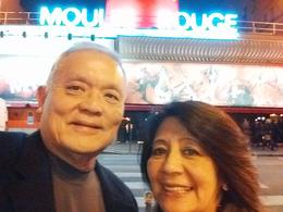 Photo of Paris Moulin Rouge Show Paris Devant au Moulin Rouge