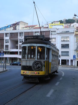 Photo of Lisbon Lisbon City Card Die Legende: Tram Nr. 28