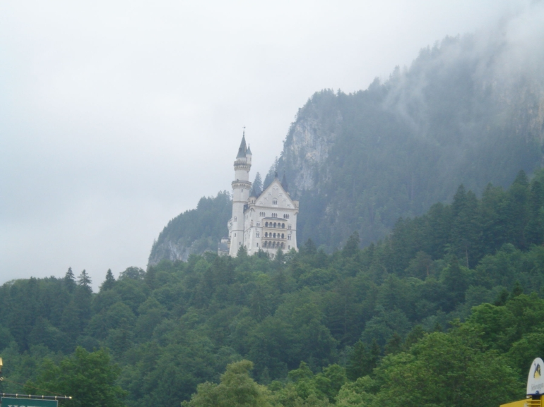 The Royal Castle of Neuschwanstein - Munich