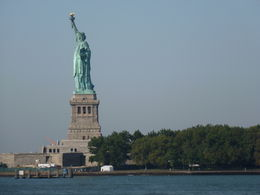 Photo of New York City Skip the Line: Statue of Liberty and Ellis Island Walking Tour P1000303