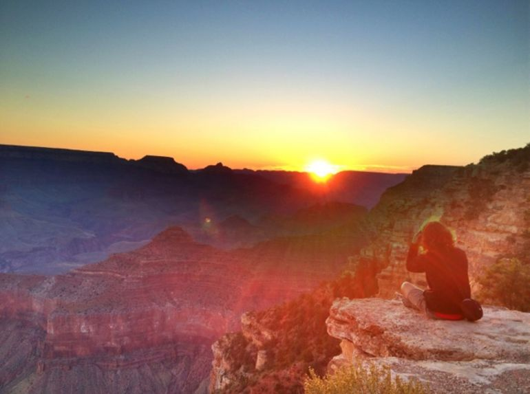 Sunrise from the rim of the Grand Canyon - Las Vegas