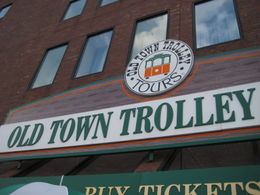 Photo of Boston Boston Hop-on Hop-off Trolley Tour Look for the orange and green trolley!