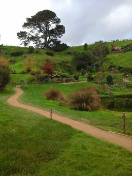 Photo of   Hobbiton 3910GS39OH_GS39H.jpg
