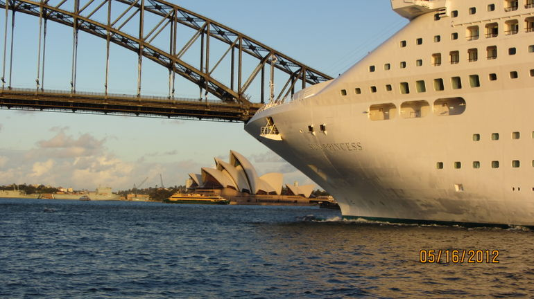 Sydney Harbour Cruise Ship - Sydney