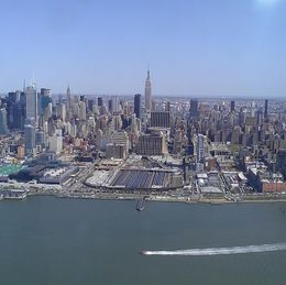 Photo of New York City Manhattan Sky Tour: New York Helicopter Flight NY Skyline