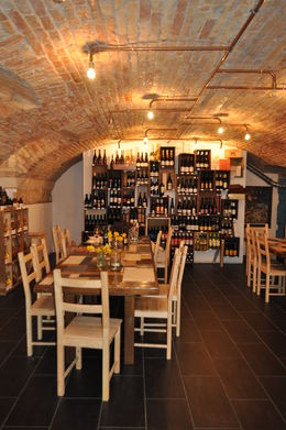 Photo of Budapest Budapest Food and Wine Tasting Tour Wines to Go