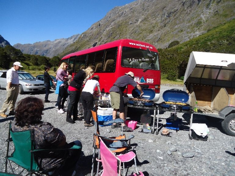 BBQ Lunch - Fiordland & Milford Sound