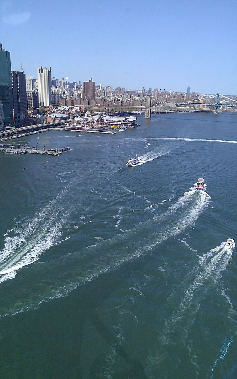 NY boat traffic via helicopter - New York City