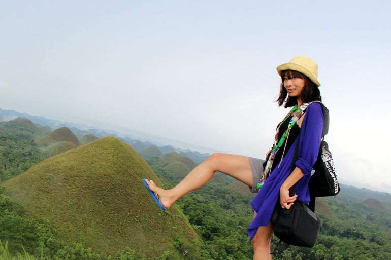 Take a creative photo with the Chocolate Hills - Cebu