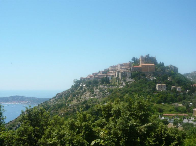 view of eze old town.jpg - Cannes
