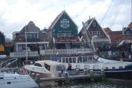 Photo of Amsterdam Zaanse Schans Windmills, Marken and Volendam Half-Day Trip from Amsterdam Volendam