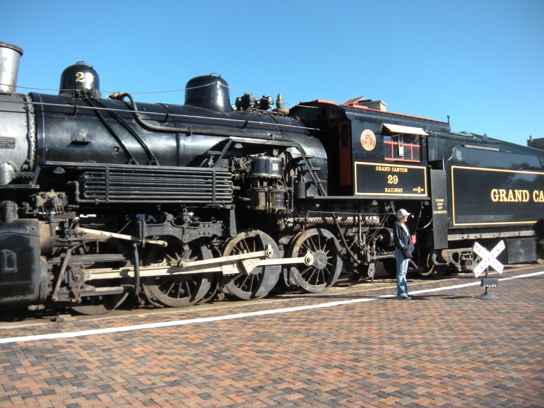 The train! - Grand Canyon National Park