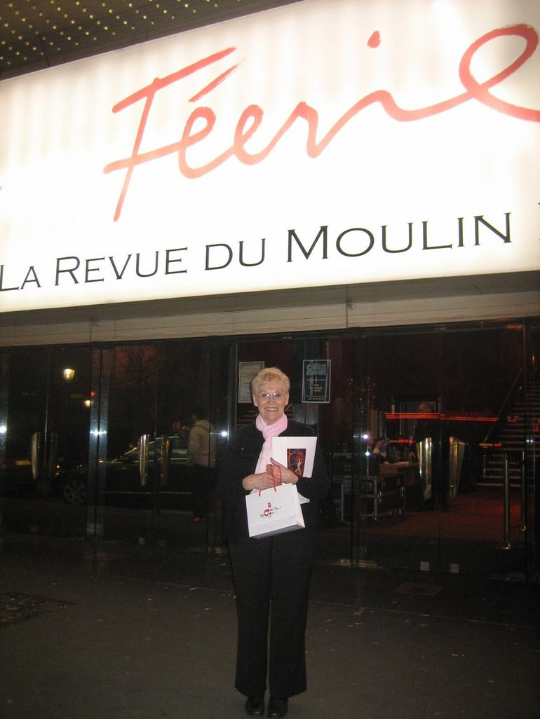 Grandma leaving the Feerie show at the Moulin Rouge - Paris