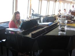 Photo of San Francisco San Francisco Champagne Brunch Cruise Lounge Singer