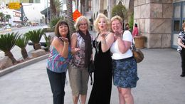 "Photo of Las Vegas Las Vegas Double-Decker Bus of the Stars ""Marilyn"" & the girls"
