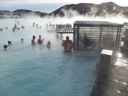 Blue Lagoon swim up bar - and they serve alcohol :) , Norma A - March 2014