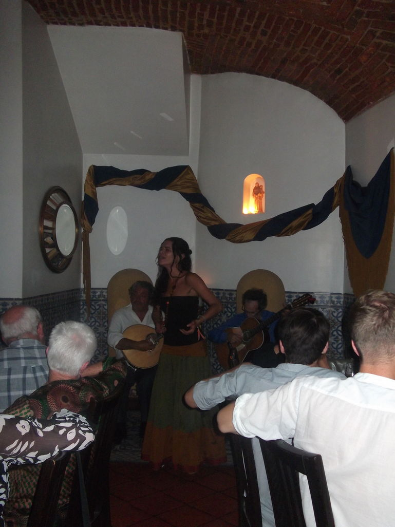 FADO SHOW  and quot;GUITAR GUITAR and quot; - Lisbon