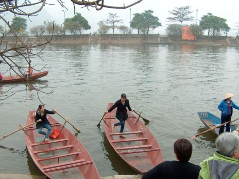 the Yen river - Hanoi