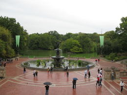 "Fountain and ""The Lake"" , chimochimo - October 2012"