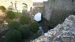 Photo of London Leeds Castle, Canterbury Cathedral and Dover Leeds catle