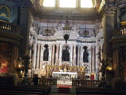 Touring Naples cathedral with Viator guide , Sandra K - October 2012