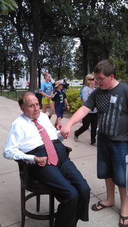 chandler meeting bob dole at vet memorial , helms11768 - August 2015