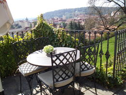 Photo of Prague Full-Day Tour to Prague Castle and Vltava River Cruise with Lunch Mittagsrast
