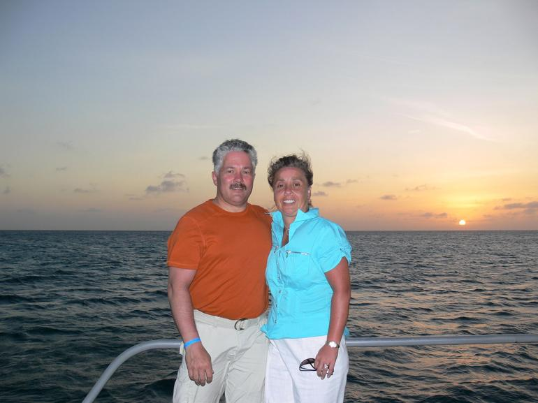 The happy couple - Aruba Sunset - Aruba