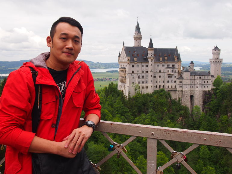 Walked to Mary bridge and enjoyed the magnificent view of Neuschwanstein Castle!