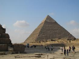 Photo of Cairo Private Tour: Giza Pyramids, Sphinx, Egyptian Museum, Khan el-Khalili Bazaar pyramid
