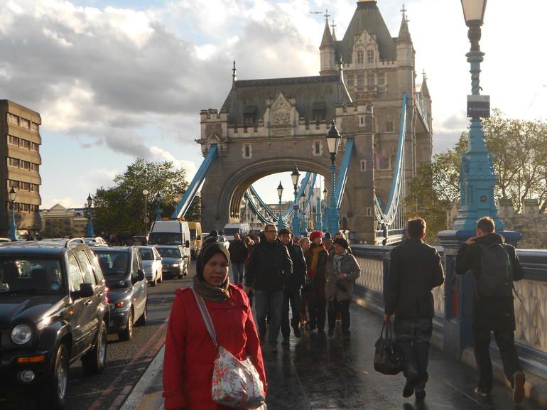 Tower Bridge - Paris