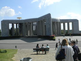war monument 1944 , Matti N - July 2014
