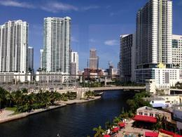 Photo of Miami Miami Combo Tour: City Sightseeing, Biscayne Bay Cruise and Everglades Airboat Ride Miami downtown