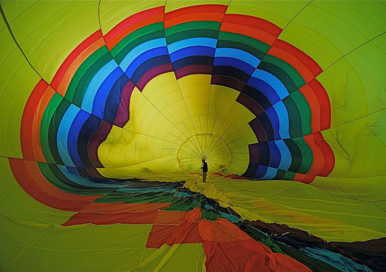 Spectacular colors of the hot air balloon -