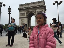 Aamina infront of the Arc de Triomphe , Jezmi A - October 2015