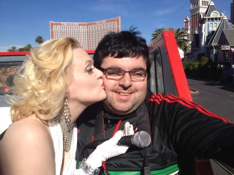Marilyn Monroe is kissing me on the cheek!