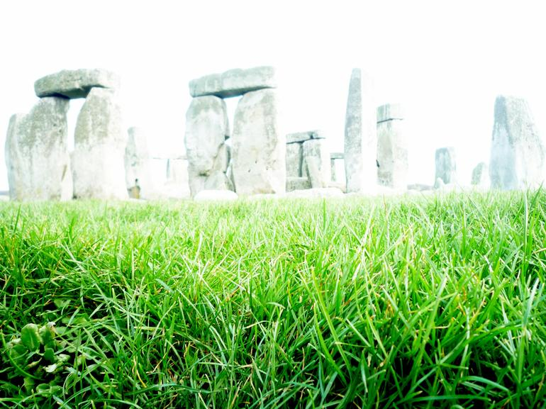 UK_Stonehenge_1 - London