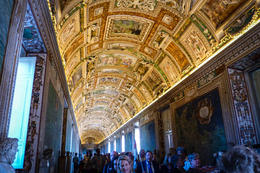Photo of Rome Skip the Line: Vatican Museums Walking Tour including Sistine Chapel, Raphael's Rooms and St Peter's the map room