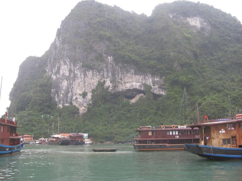 Boats on Halong Bay - Hanoi