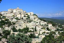 The hilltop village of Gordes, Helen L - September 2010