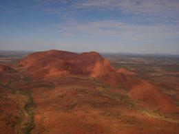 Approaching The Olgas (Kata Kjuta), surprisingly much higher than Uluru., Rino P - May 2009