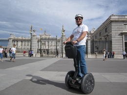 Jerry on Segway in front of Madrid's Royal Palace , Gerard M - October 2012