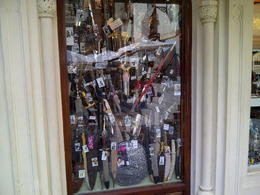 Photo of Madrid Madrid Super Saver: Toledo Half-Day Trip and Panoramic Madrid Sightseeing Tour Famous knives of toledo
