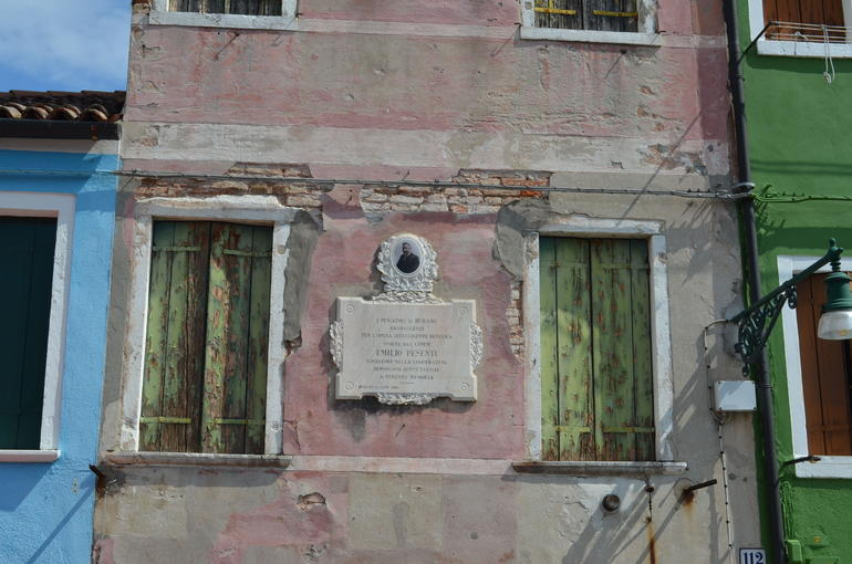 Plaque to Emilio Pesenti - Venice