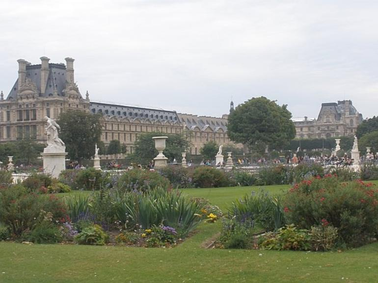 Lunch at the Tuileries - Paris