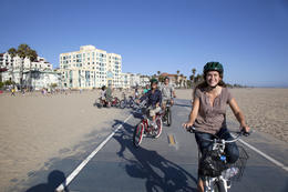 Photo of Los Angeles Electric Bicycle Tour of Santa Monica and Venice Beach Freewheelin fun