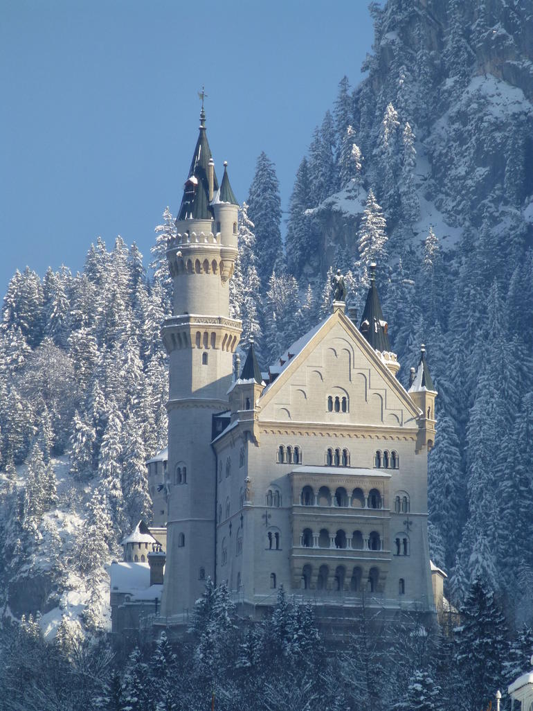 Neuschwanstein Castle in Snow - Munich